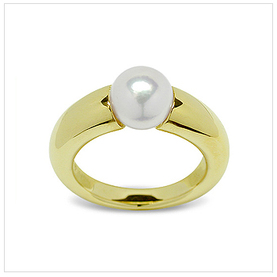 Nott a Japanese Akoya Cultured Pearl Ring