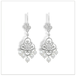 Gredel a Freshwater Pearl and Diamond Earing