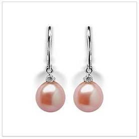 Peach Nora a Freshwater Pearl Earring