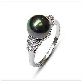 Princess Black Tahitian South Sea Pearl Ring
