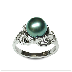 Ceasar Black Tahitian South Sea Cultured Pearl Ring in 14K Gold