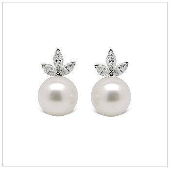 Tiara a Australian South Sea Cultured Pearl Earrings